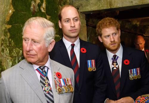 """""""Harry non è figlio di Carlo"""": spunta il dna segreto"""