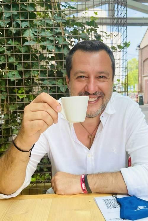 """Salvini si è vaccinato: """"Salute, lavoro e libertà devono stare insieme"""""""