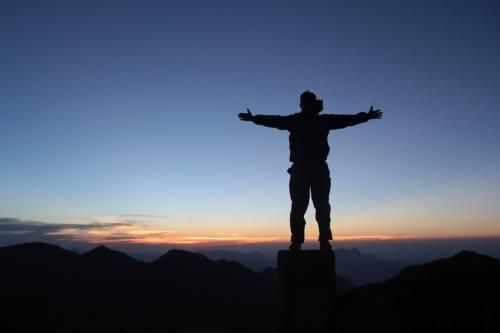 Trekking, i benefici per gli over 60
