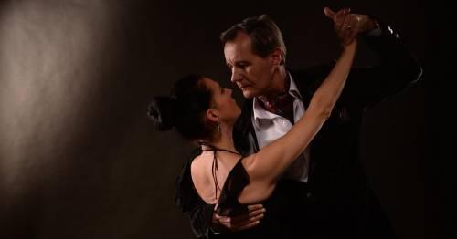 Balli latino-americani: esercizio divertente e passionale per gli over 60