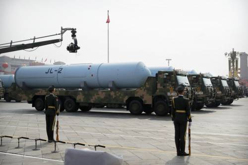 Nuova base per missili nucleari: la scoperta nel deserto della Cina