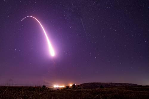 Torna la minaccia nucleare. Ma ora Usa e Russia provano a trattare