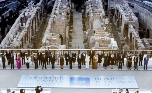 Quei giochi di potere che stuprano il Colosseo