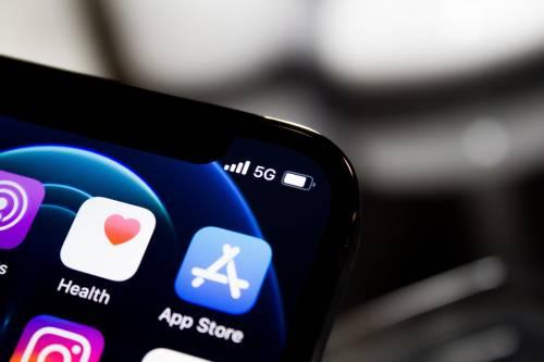 Apple chiude il Tinder per no vax