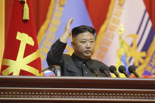 La strana macchia di Kim Jong Un: cosa gli sta succedendo