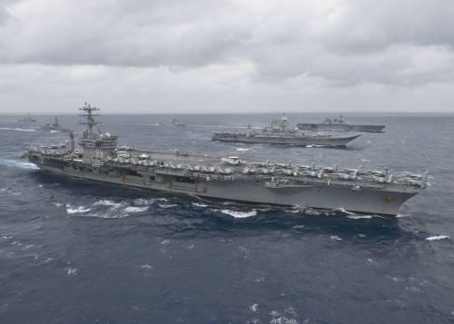Il Pacifico ribolle: si muovono le navi da guerra