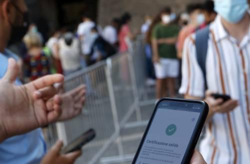 L'app che scova i furbi del Green pass: come funziona
