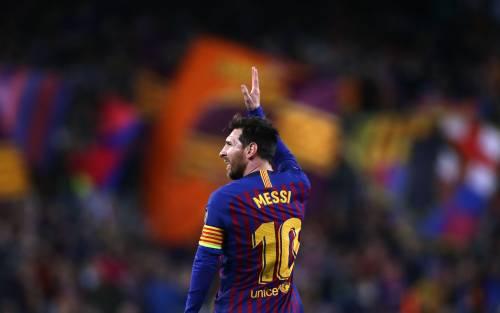 No Messi, no party. Salta la sfida con CR7