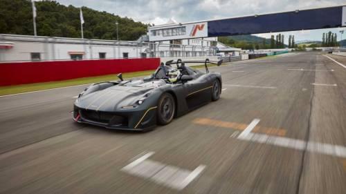 Pirelli P Zero Slick: Dallara Stradale EXP è da record