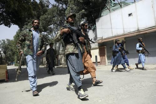 """In Afghanistan fanno festa: """"Grazie ad Allah ci sono i talebani"""""""