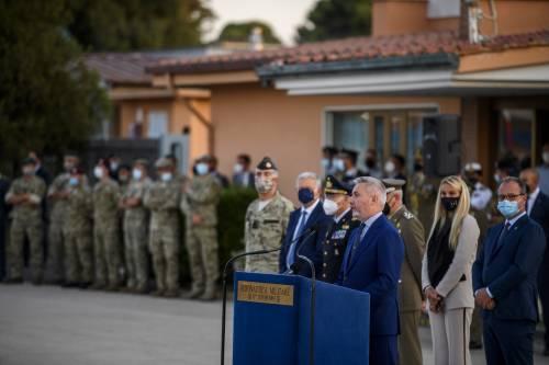 L'orgoglio dell'Italia per il ritorno dei militari. In due settimane effettuati 90 voli umanitari