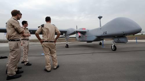 """Allarme sulla sicurezza: i cinesi si comprano i droni """"made in Italy"""""""