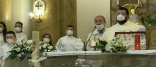 Sparatoria davanti alla chiesa: il carabiniere rischia la paralisi