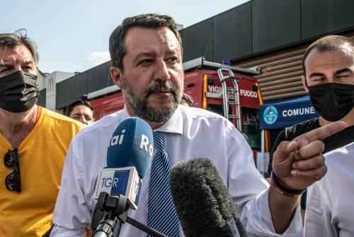 """""""Varianti? Reazione al vaccino"""". Bufera su Salvini, lui: """"Basta polemiche, uniti contro il virus"""""""