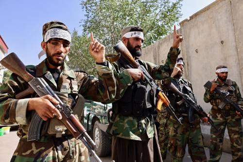 """L'orgoglio talebano e le voci dal bazar: """"Ora siamo felici. Il Paese è sicuro"""""""