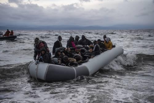 """""""Scegliamo i migranti"""", referendum green pass e i Ferragnez: quindi, oggi..."""