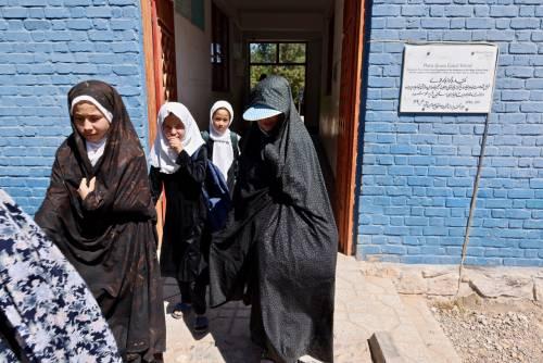 Niente adolescenti né stipendio nella scuola dedicata alla Cutuli
