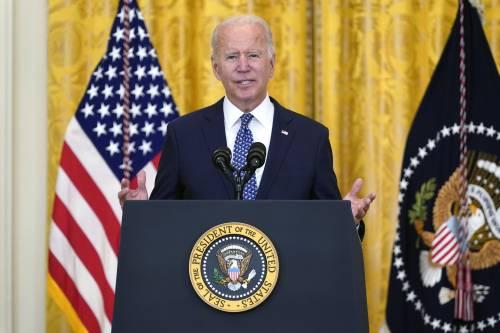 Schiaffo a Biden: arriva la causa dell'Arizona contro l'obbligo vaccinale