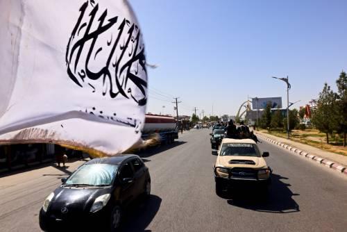 A Kandahar fra faide interne e caccia agli oppositori