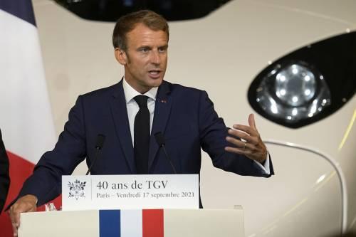 """La sinistra """"scarica"""" Macron? Ecco cosa può cambiare tra Italia e Francia"""