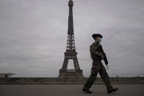 Il corpo fantasma che cura gli interessi globali di Parigi
