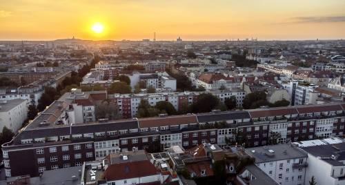 """La proposta """"sovietica"""" di Berlino: espropri contro il caro affitti"""