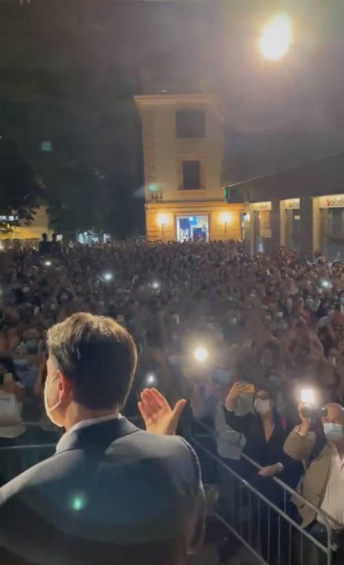 """""""Fate c..."""": la rivolta dei cantanti contro Conte"""