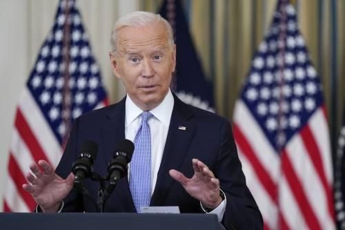 Lavori per 1.200 miliardi. La sinistra blocca Biden. Piano (e ripresa) a rischio