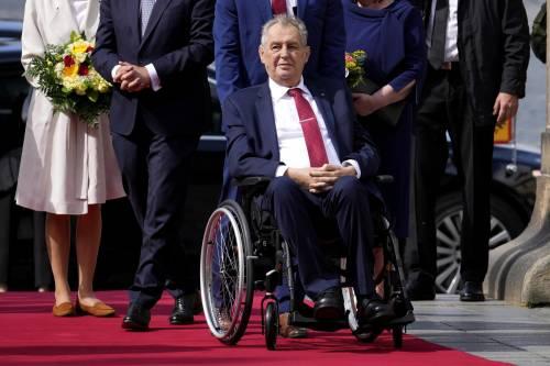 Praga, il presidente ricoverato. Si rischia il vuoto di potere