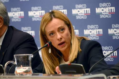 """Giorgia: """"Noi criminalizzati"""". Fdi si sente braccato dai pm. Ma arrivano i primi dissensi"""