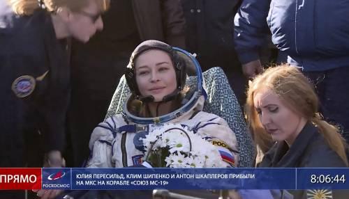 Rientra la navicellaSoyuz, girato il primo film nello spazio
