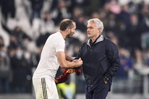 """Chiellini gela Ronaldo: """"Sarebbe dovuto andare via prima..."""""""