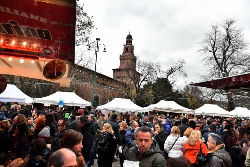 """""""Basta piazza Castello. Riportiamo gli Oh Bej in Sant'Ambrogio"""""""