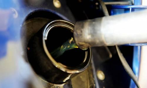 Il prezzo choc della benzina: quanto si paga