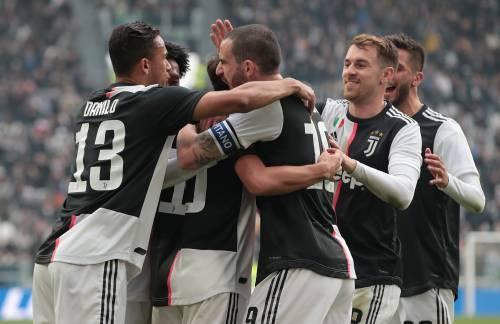 La Juventus riparte: 2-0 al Brescia e primo posto in classifica