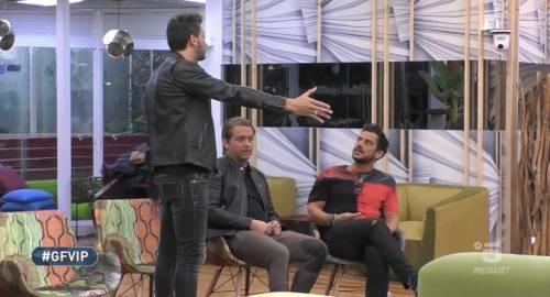 """Gf Vip, Pago contro Patrick e Montovoli: """"Mi fate arrabbiare, siete contro la coppia"""""""