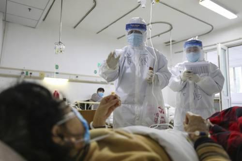 """L'allarme di un'infermiera: """"Potrei essere contagiosa e infettare qualcuno"""""""