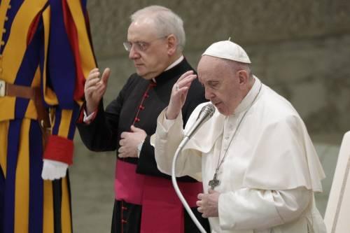 Solo in una San Pietro deserta. La messa simbolo del Papa