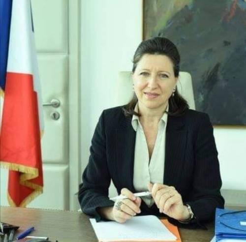 Scandalo video porno,  adesso Macron candida il ministro Agnès Buzyn