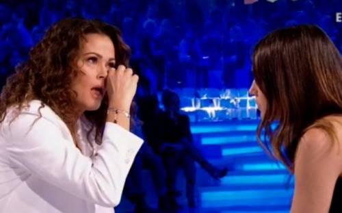 """Verissimo, Samantha De Grenet in lacrime: """"La mia lotta"""