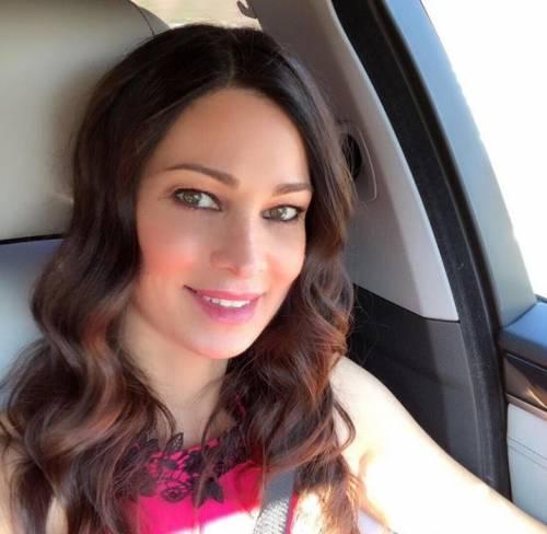"""Manuela Arcuri confessa: """"Ho fatto ricorso alla chirurg"""