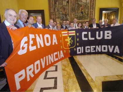 Cosa si fa per un biglietto del Genoa...