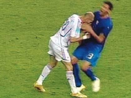 Zidane dà una testata a Rafa e si prende il Real Madrid