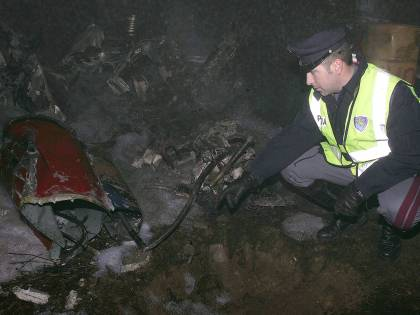 Elicottero cade sulla tagenziale: due vittime