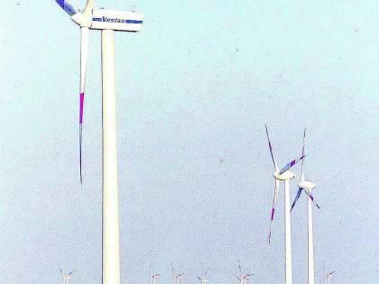 Energia: ora i big «buttano» i soldi al vento