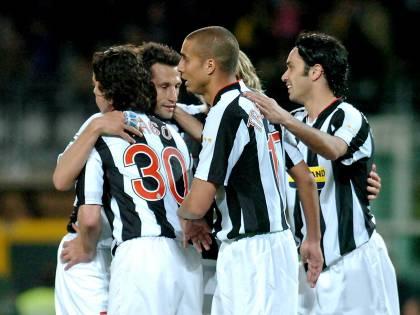 La Juve stende il Parma<br /> Totti, gol capolavoro