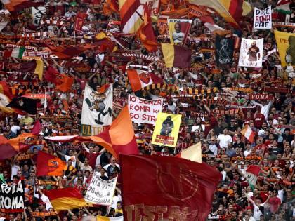 Roma senza tifo a Catania:  caos, minacce e polemiche