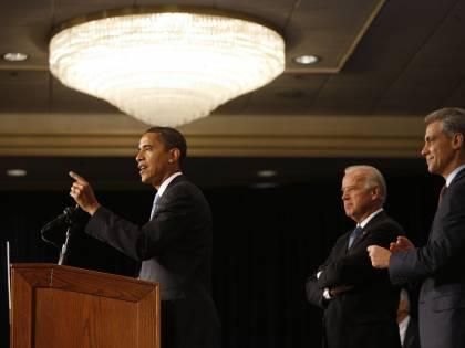 """Obama lancia la sfida all'economia:  """"Meno tasse per le piccole aziende"""""""
