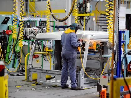 Industria, crollano i fatturati: a gennaio -19,9%