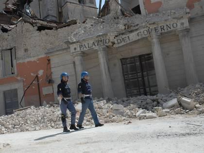 Terremoto, giovedì mattina il cdm all'Aquila